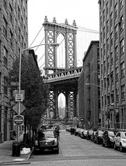 Empire State framed (samerset) Tags: city nyc newyorkcity bridge blackandwhite bw newyork mono us manhattan metropolis empirestatebuilding empirestate iconic bigapple