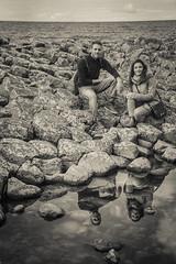 Pareja de reflejos (PloPh) Tags: ireland shadow portrait giant coast couple pareja reflejo giantcauseaway northemireland