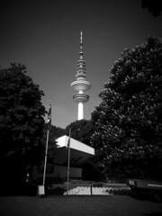 Hamburg - Dammtor (chicitoloco) Tags: hamburg fernsehturm meter dammtor 279 heinrichhertztower