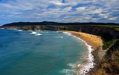 La playa ms bonita del mundo (alfonsocarlospalencia) Tags: costa verde azul surf playa arena cielo nubes sur olas santander acantilado rocas belleza cantabria nudismo piedras langre pleamar