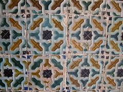 Azulejos (dtail) (Manon Allais) Tags: faence vacances casa sevilla spain holidays azulejo espagne couleur sville casadepilatos