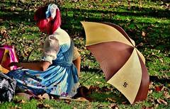 Last summerday in the Park of MONREPOS, girl and umbrella, 73149/4198 (roba66) Tags: park summer people girl sommer parc mdchen sonnenschein summerday baw tussi menschensun monrepod
