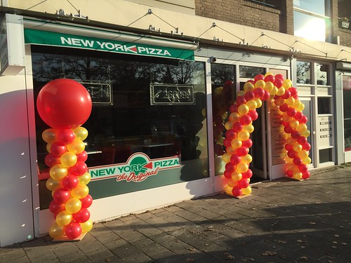 Ballonpilaar Breed Rond New York Pizza Bergen op Zoom