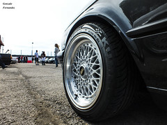BMW 325i E30 Sedan series 2 (E30-88) '89 (GonzaloFG) Tags: detail slr ford chevrolet car skyline honda spain italia nissan ferrari camaro mclaren enzo bmw gto jaguar mustang m3 ducati audi lamborghini rs m6 m5 challenge avant rs2 spotting s2000 jdm e30 nsx gallardo amg drifting rs4 typer gtr trackday murcielago etype quattro gt40 f40 r8 f12 rs6 f50 nismo e46 r34 e36 berlinetta superleggera 458 899 m3csl desmosedici panigale ftype 275gtb rs3 e92 circuitodeljarama stralade m235i