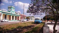 Camajuan 2011 (lezumbalaberenjena) Tags: clara railroad car cuba rail railcar coche villa motor villas 2011 camajuani ferkeltaxe camajuan
