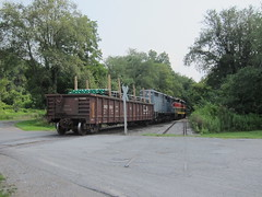 darlington 019 (Fan-T) Tags: cn pennsylvania pipe darlington gondola load ys frac plw shortline
