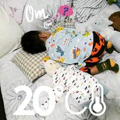 โยโย่โยคะเด็กน้อยกับท่านอนสุดฮิต...(*-ω-`*) (-_- )ノ(◡︿◡✿) Sleeping baby yoga, I don