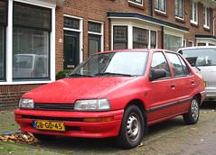 1993 Daihatsu Charade sedan 1.3i 16V SG (rvandermaar) Tags: 1993 daihatsu charade sedan g100 16v sg gbgd45 sidecode5 daihatsucharade rvdm