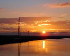 River Esk Pylon Silhouette Sunset (Gilli8888) Tags: sunset sky silhouette clouds rural river landscape scotland estuary pylon dumfries esk riveresk