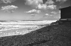 IMG_20150107_0004 (mikele.nicoletti) Tags: film blackwhite biancoenero yellowfilter pentaxmx ilfordfp4 pellicola id1111 selfdeveloping northstorm rivieraconero homemadedeveloping