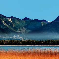 """Fairy-Tail-Castle"" (helmet13) Tags: autumn mountains alps landscape bavaria raw bluesky aoi neuschwansteincastle 100faves ostallgäu peaceaward heartaward world100f d300s platinumpeaceaward"