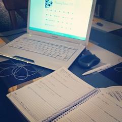 """Entre deux """"crises"""" de pleurs on essaye de s'occuper du planning AZZA. (bookandscrap) Tags: square planning squareformat ateliers cours azza iphoneography instagramapp uploaded:by=instagram"""