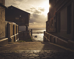 Old Leigh (Scott Baldock) Tags: street old winter sun boat high alley path tide low rays cobbles essex leighonsea