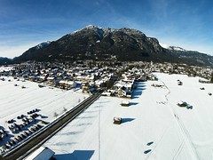 Garmisch-Partenkirchen (huber.louis) Tags: schnee winter sun mountain snow germany landscape bayern bavaria natur berge landschaft sonne kramer garmischpartenkirchen