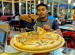 pizza x xmen trip to las vegas (11 of 14) (Rodel Flordeliz) Tags: pizza event potato bloggers pizzahut slices wedges triptolasvegas missphilippines