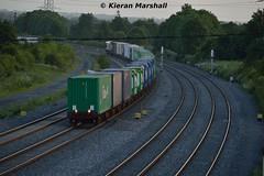 IWT Liner passes Stacumny Bridge, 27/6/16 (hurricanemk1c) Tags: irish train rail railway trains railways irishrail countykildare 2016 iarnrd ireann iarnrdireann iwtliner stacumny stacumnybridge industrialwarehousingandtrading 2045northwallballina longestfreighttrain