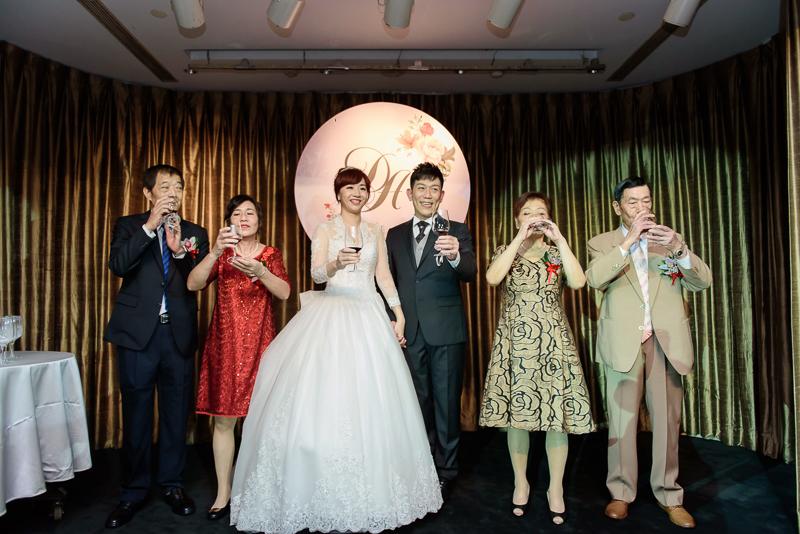國賓婚攝,台北國賓,國賓飯店婚宴,新秘Miko ,婚攝小勇,台北婚攝, 愛瑞思新娘秘書造型團隊,西敏英國手工婚紗,小寶工作室-048