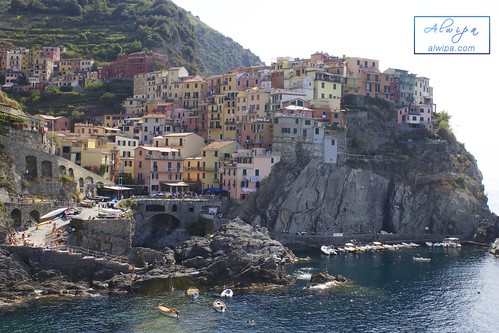 """Cinque terre - Manarola • <a style=""""font-size:0.8em;"""" href=""""http://www.flickr.com/photos/104879414@N07/30210271046/"""" target=""""_blank"""">View on Flickr</a>"""