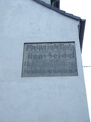 bermalt (mkorsakov) Tags: white sign wall grey wand grau retro schild faded weiss dortmund crossed hombruch verblasst bermalt fusgngerzone doppeltbelichtet