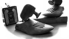 Vintage (Treesha Duncan) Tags: vintage book wooden hgwells kodakbrownietargetsix20 shoeforms