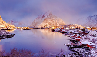 Earth Smiled III | Reine, Lofoten, Norway