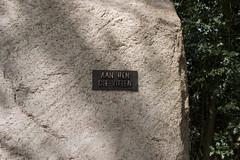 """Monument  """"Aan hen die vielen"""" (3) (John de Grooth) Tags: monument wwii ww2 dit bij 4mei dodenherdenking vanavond"""