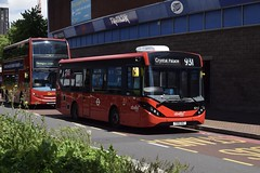 Abellio London Alexander Dennis Enviro200 MMC (8212 - YX16 OAZ) 931 (London Bus Breh) Tags: abellio abelliolondon alexander dennis alexanderdennis alexanderdennislimited adl alexanderdennisenviro200mmc enviro200mmc e200mmc mmc 8212 yx16oaz 16reg london buses londonbuses bus londonbusesroute931 route931 lewisham lewishamshoppingcentre molesworthstreet tfl transportforlondon