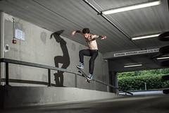 Anto Crusson / Boardslide pop over / Rennes (yoann.cailleteau) Tags: mecanique hostile anto st nazaire boardslide pop over out rennes flash canon sunpack skate 50550 skateshop rail papyrus