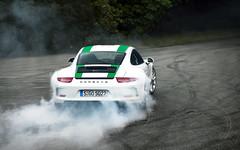 911 R (Alex Penfold) Tags: cars alex car festival speed 911 super r porsche autos supercar goodwood supercars penfold 2016 911r