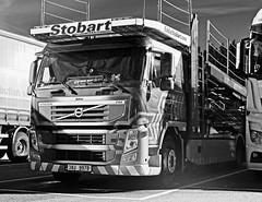1303 ALINE (2)BW (Barrytaxi) Tags: car volvo transport eddie ese transporter lhd stobart eddiestobart