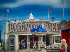 Paignton2016_17 (RightCharlie100) Tags: pier hdr paington holidayssonydsch400