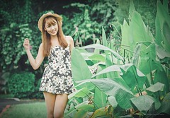 jaylin-0225 ( Jaylin) Tags: school portrait girl hat rain studio outside glasses model women university longhair taiwan straw olympus oldhouse dresses taipei mirco turf omd   jaylin m43   40150mm mzd  jelin      linjay