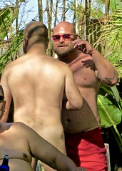 IMG_7917 (danimaniacs) Tags: party shirtless man guy sexy hot bear beard scruff hunk back bare hairy bald
