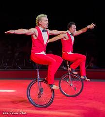 Bingo Monociclos (Partridge Road) Tags: circo hermanos vazquez chicago illinois circus bingo monociclos unicycle