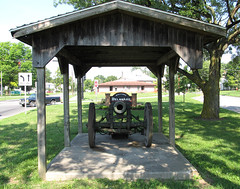 Location Overview (Lunken Spotter) Tags: ohio germany army carriage military wwi wheels captured wheeled cannon worldwarone artillery trophy delaware preserved ww1 trophies greatwar rare memorialpark cannons worldwar1 krupp veteransmemorial germanarmy delawarecounty thegreatwar sfh militaries armies 15cm wartrophy fieldhowitzer imperialgermany schwerefeldhaubitze imperialgermanyarmy sfh1893 15cmsfh93 sfh93 15cmsfh1893