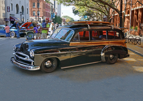 7ff833452 1949 Chevrolet Styleline Deluxe 4-Door Station Wagon (1 of 4) - a ...