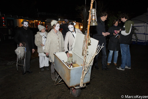 "Nacht van de Doden 2013 • <a style=""font-size:0.8em;"" href=""http://www.flickr.com/photos/129725436@N07/15809732950/"" target=""_blank"">View on Flickr</a>"