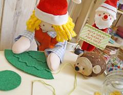 E costure uma sobre a outra (BoniFrati) Tags: tree cute natal diy craft rvore tutorial pap molde passoapasso bonifrati craftchristmas natalcraft