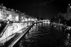 Seine by Night (JuanDG-4) Tags: summer blackandwhite white black paris france blanco seine night river french landscape negro francia bnw voila juandg4