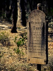 "wooden grave • <a style=""font-size:0.8em;"" href=""http://www.flickr.com/photos/44919156@N00/16101030212/"" target=""_blank"">View on Flickr</a>"