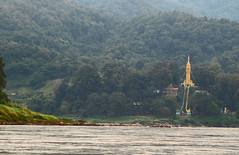 Boat Trip 3 Temple in Ban Pak Ing (SierraSunrise) Tags: thailand temple religion buddhism rivers laos wat mekong mekongriver