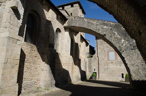Varen - Eglise Saint-Pierre-Saint-Serge
