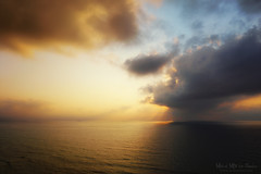 Atardecer en el mar (Mimadeo) Tags: ocean light sunset red sea sky orange sunlight seascape color nature water beautiful beauty yellow clouds landscape hope gold dawn golden evening scenery colorful heaven dusk background horizon scenic peaceful relaxation sunrays idyllic tranquil sunbeams
