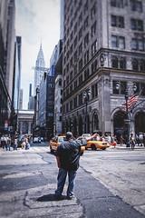 Hailing Cab 2 (bob.delsol) Tags: nyc newyork chryslerbuilding hailingcab
