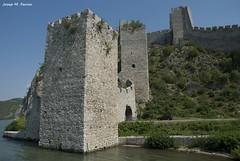 EL CASTELL DE GOLUBAC (Srbia, agost de 2012) (perfectdayjosep) Tags: castelldegolubac castillodegolubac golubaccastle srbia serbia balkans balcanes balcans perfectdayjosep