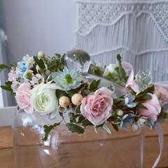 flower crown 02 (Flower 597) Tags: centerpiece corsage weddingflowers weddingceremony boutonniere bridalbouquet weddingbouquet weddingflower floralcrown weddingflorist ceremonyarch flower597 torontoweddingflorist