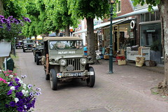 1952 Willys Jeep (Davydutchy) Tags: netherlands truck army ride jeep military may nederland police hobby voiture lorry vehicle frise rit heer convoy paysbas friesland willys armee leger niederlande militr reenacting lkw 2016 frysln militair frisia rondrit langweer tocht langwar kolonne poidslourd legervoertuig legergroen