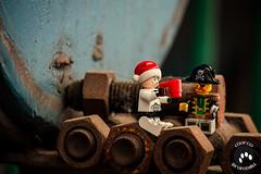 IMG_2536 (Marco Brambilla) Tags: game abandoned miniatures miniature model lego decay games abandon giochi gioco minifigure giocattoli abbandonato minifigures giocattolo decadimento
