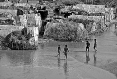 Chain of Poverty (akhlas_viewfinder) Tags: poverty poor dailylife migration sylhet bangladesh childlabor survive poorpeople livelihood stoneworker womenandmen stonelabor stonemining migratedrefugee landlesspeople chainofpoverty migratedstonelabor