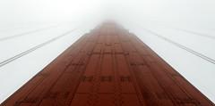 Golden Gate's pillar (Guillaume DELEBARRE (Guigui-Lille)) Tags: california bridge red usa fog architecture rivets pillar foggy cables goldengate pont brouillard sanfransisco brume californie pilier canoneos6d guillaumedelebarre tamron2470f28
